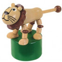DETOA Drevená mačkacia hračka Lev