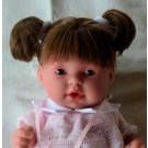 Antonio Juan Realistická bábika Tita Coletas, 26cm tmavé vlásky ružové šatočky