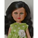 Vidal Rojas Bábika Little Naia čiernovláska, 35cm v zelenom
