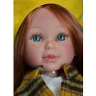 Vestida de Azul Paulina Doll, 33cm in Yellow Beret